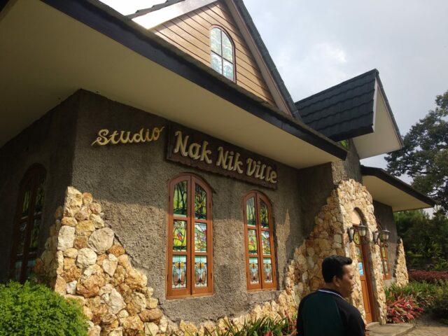 Bangunan bergaya Eropa di The Ranch