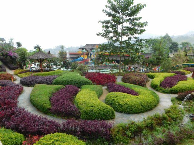 Taman Bunga di Barusen Hills Bandung