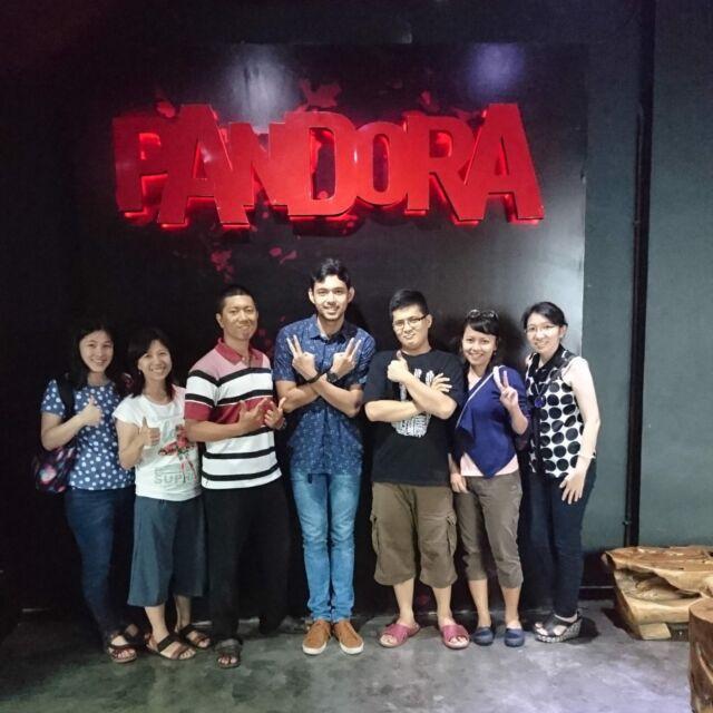Tim siap memecahkan misteri di Pandora Experience