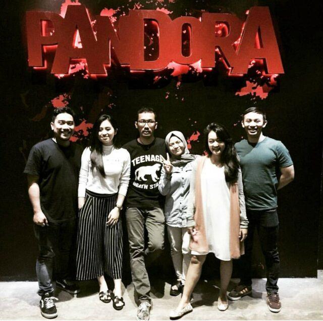 Tim yang siap menaklukkan misteri Pandora Experience Bandung