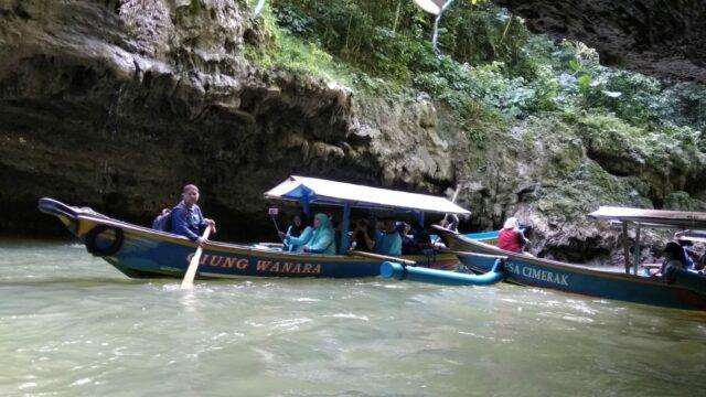 Wisata Perahu Green Canyon (Cukang Taneuh) Ciamis