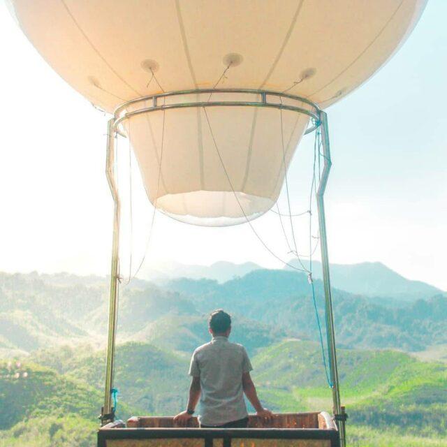 Balon udara di Bukit Teletubbies