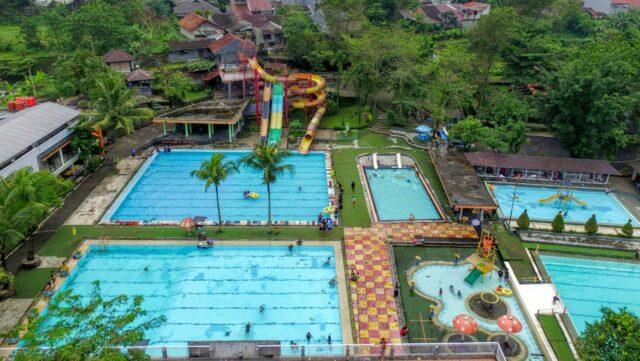 kolam renang dewasa zam-zam tirta