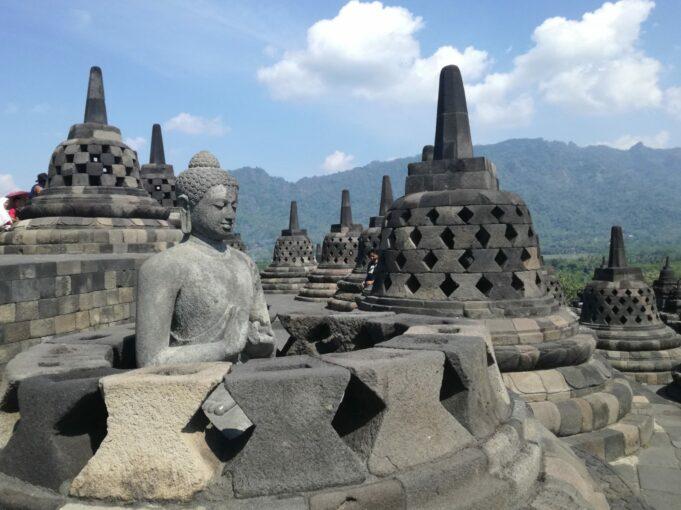 Candi Budha terbesar di Dunia Candi Borobudur