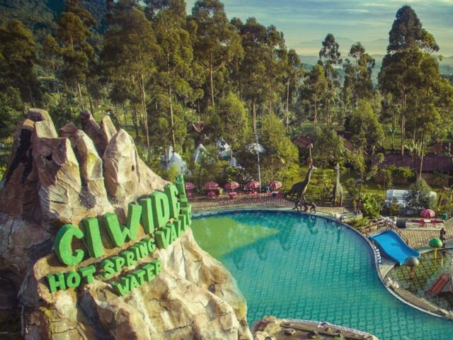 Ciwidey Valey Resort & Hot Spring Waterpark Rancabali