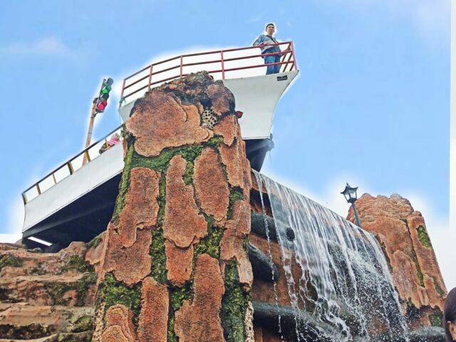 Spot Foto Kapal Titanic