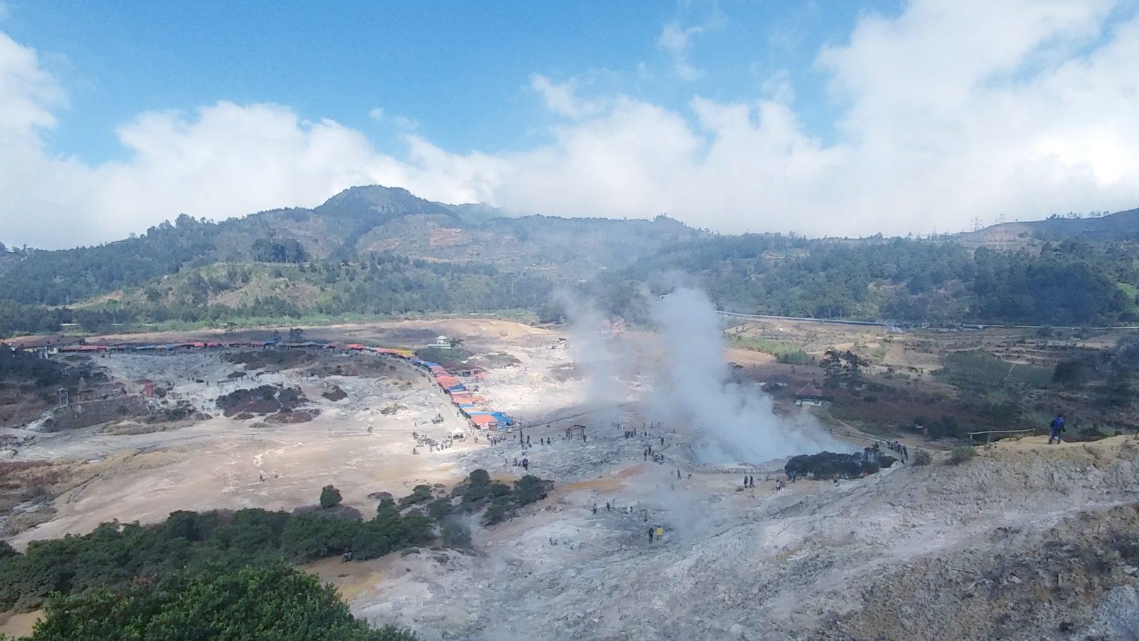 Kawah Sikidang Dieng Tiket & Pesona November 10 - TravelsPromo