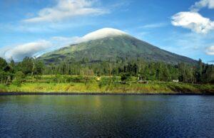keindahan gunung sindoro sumbing
