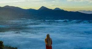 Lautan Awan di Gunung Putri