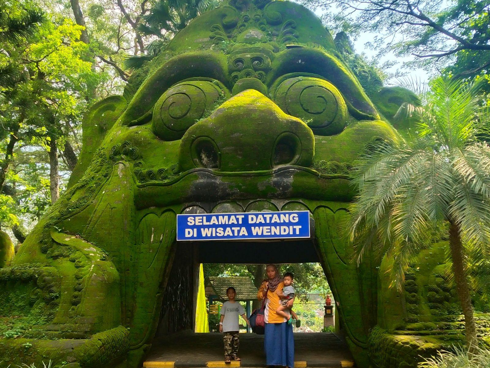 TAMAN WISATA WENDIT Tiket & Pesona Alam November 6 - TravelsPromo