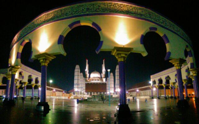 plaza mesjid