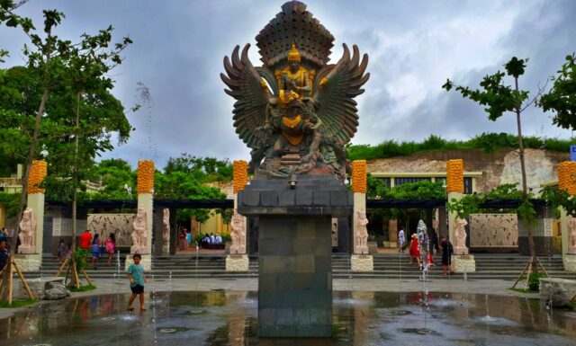 miniatur patung GWK Bali