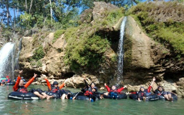 Rivier Tubing Sungai Oyo Goa Pindul