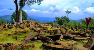 bebatuan megalitik di Situs Gunung Padang