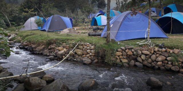Sungai di kawasan Camping Ground Mandalawangi