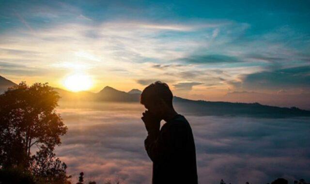 Sunrise di Gunung Putri