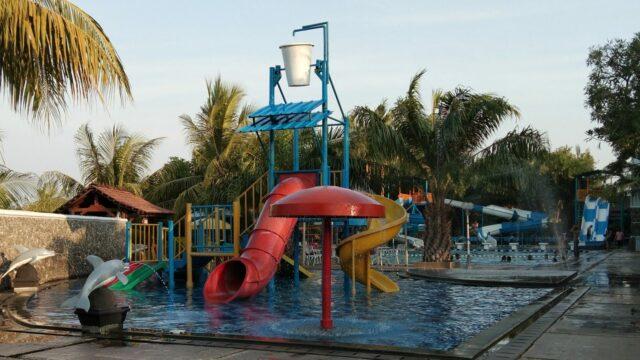 wahana kolam anak dan wahana tridas waterpark bekasi