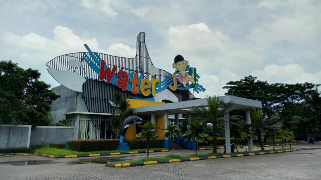 Water Joy Waterpark Cileungsi Bogor