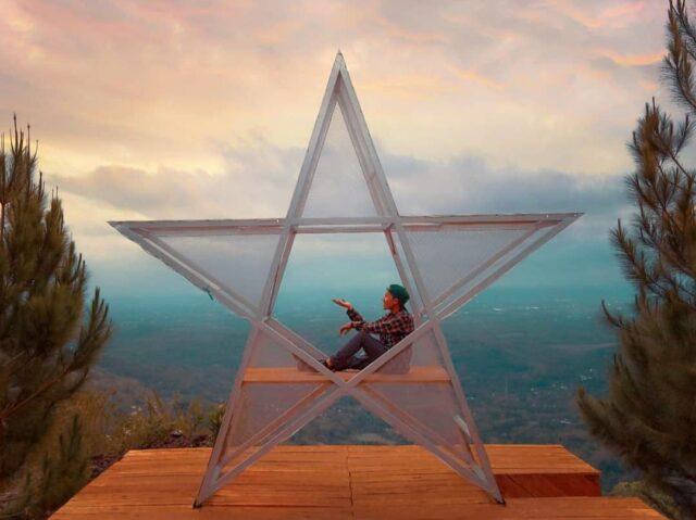 ikon bintang di bukit lintang sewu