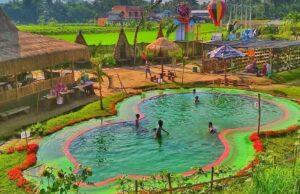 wahana kolam renang anak-anak di taman naura magelang jawa tengah