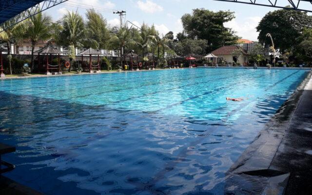 kolam renang olympic Taman Segara Madu
