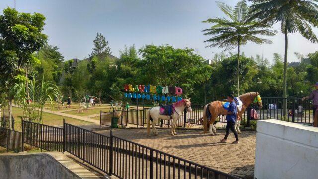 playground dan penyewaan kuda di Tandon Ciater