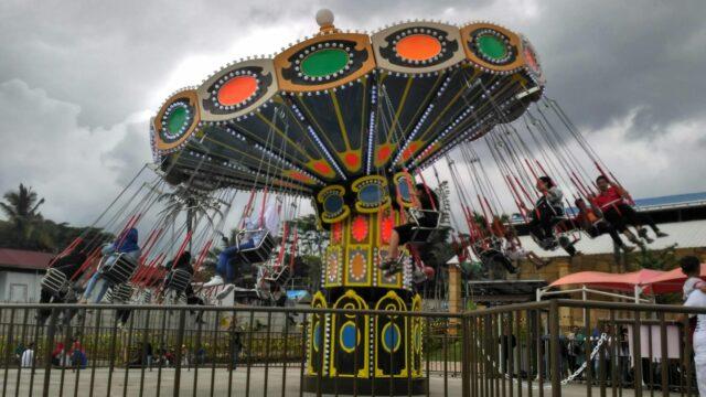 wahana carousel saloka park semaranga jawa tengah