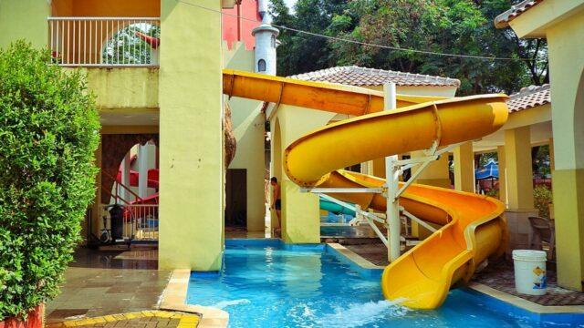 wahana peluncuran spiral matador waterpark