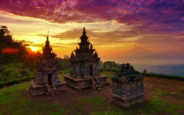 Candi Gedong Songo Sunset
