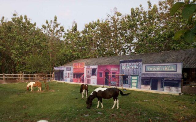 kandang kuda di desa wisata kalipancur