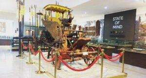 Kereta Singa Barong Asli di Museum Pusaka Kasepuhan Cirebon