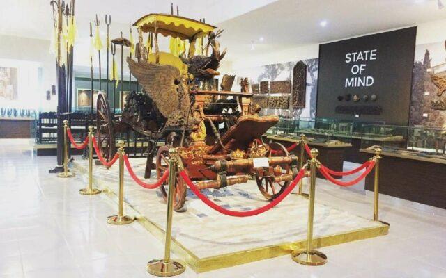 Kereta Singa Barong Asli di Museum Pusaka
