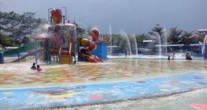 Kolam Istana Air Jempol Waterpark Cirebon