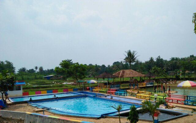 kolam renang anak taman herbal insani