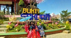 kostum play di Bukit Sakura Lampung
