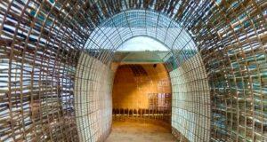 lorong berbentuk ayaman bambu