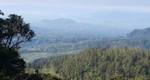 Pemandangan Indah dari Cemoro Kandang