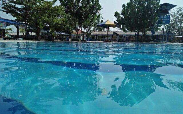 Tersedia bervariasi jenis kolam renang sesuai usia dan tinggi badan