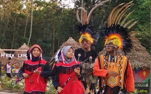 tersedia sewa kostum di Kampung AFrika Blitar Jawa Tengah