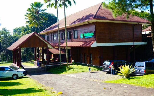 Penginapan homestay hotel di kebun teh wonosari