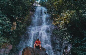 Wisata air terjun Curug Cilember Bogor