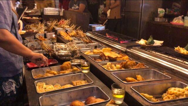 Kuliner khas Solo di Pasar Malam Ngarsopuro