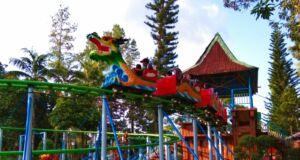 wahana roller coaster