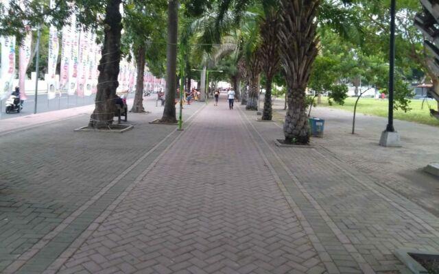 area joging taman blambangan