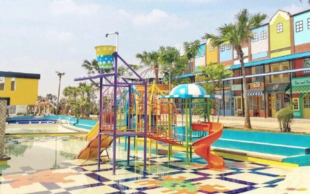 kolam renang anak dengan berbagai wahana