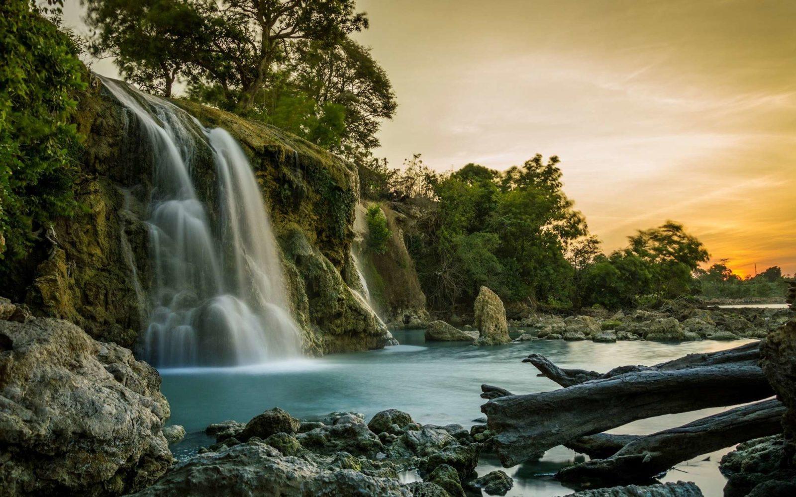 Wisata Air Terjun Toroan Yang Penuh Legenda November 7