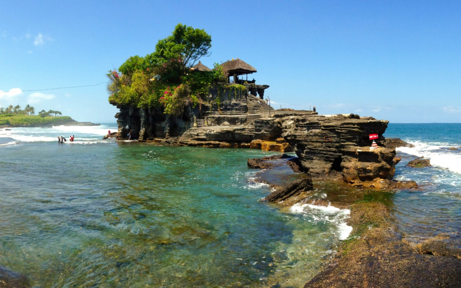 Pura Tanah Lot Tiket & Atraksi Wisata November 8 - TravelsPromo