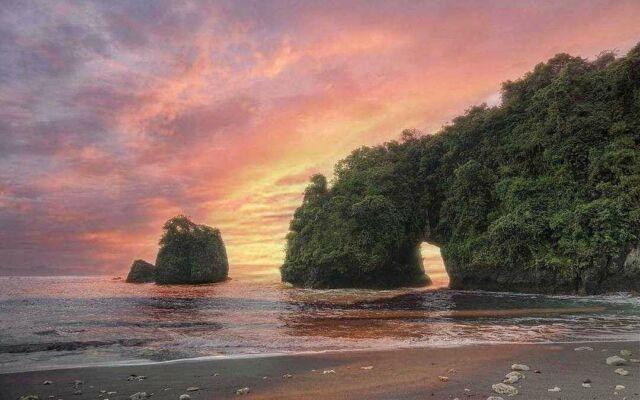 sunset di Pantai Licin