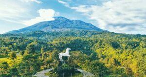 patung kuda landmark kuningan