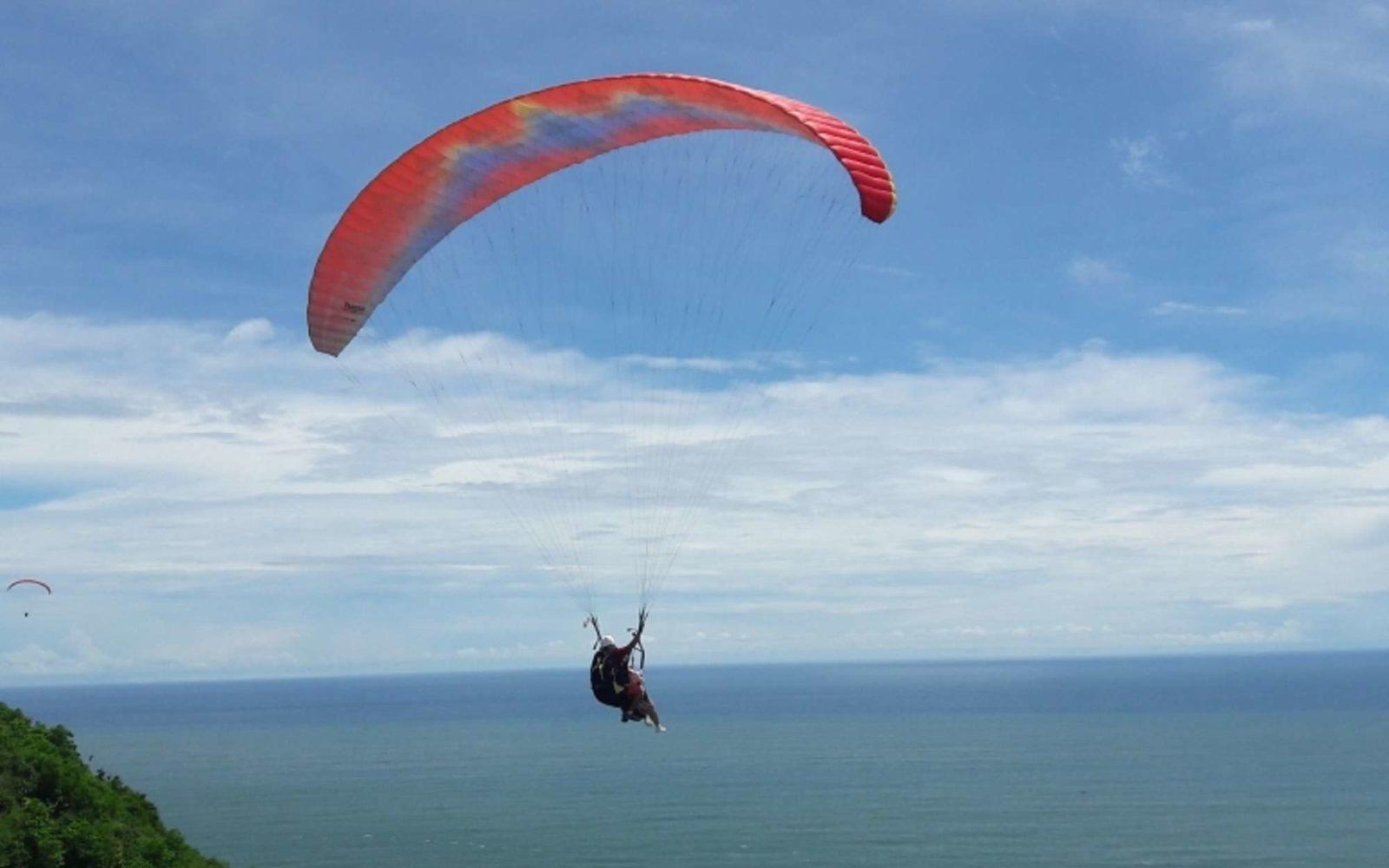 Bukit Paralayang Watugupit Tiket Aktivitas Wisata November 2020 Travelspromo